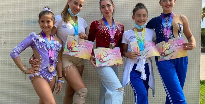 Ρυθμική Γυμναστική: Επιστρέφει από την Ισπανία η Α.Ε. Μυκόνου έχοντας στις βαλίτσες της μετάλλια, διακρίσεις και εμπειρίες