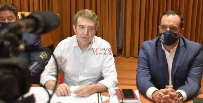 (vid) Μιχάλης Χρυσοχοΐδης: Η τουριστική σεζόν στη Μύκονο εξελίσσεται πάρα πολύ δυναμικά