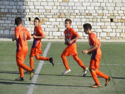 Ευρεία νίκη για την Κ-14 στην Τήνο