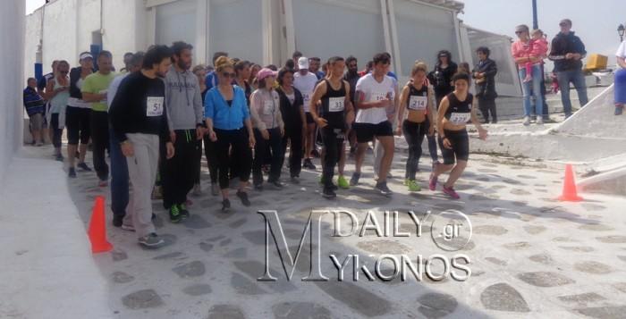 Με μεγάλη συμμετοχή και επιτυχία η πρώτη διοργάνωση Mykonos Running στην Άνω Μερά