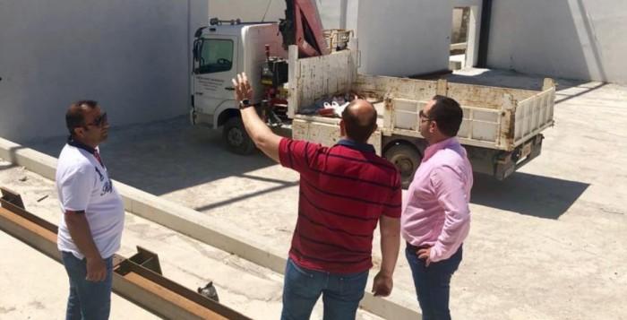 (Δείτε Φωτο) Τελειώνει το κλειστό! Πρωινή αυτοψία του Δημάρχου στις εγκαταστάσεις στην Καρδαμίδα