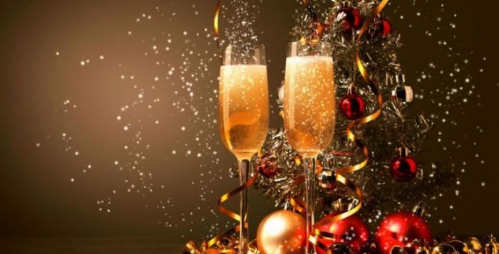 Κορωνοϊός : Τι αποκάλυψε ο Πέτσας για τις μετακινήσεις παραμονές των γιορτών
