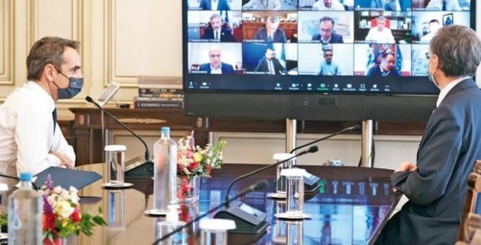 Κορονοϊός: Και νέα µέτρα στο τραπέζι - Τι εξετάζει η κυβέρνηση