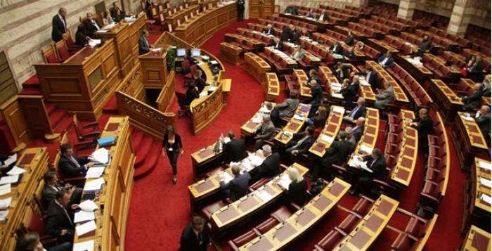 Ψηφίστηκε η δίμηνη παράταση του Μνημονίου