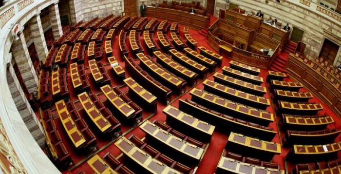 Συμβούλιο πολιτικών αρχηγών ζήτησε ο Πρωθυπουργός