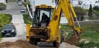 (vid) Συνεργεία της ΔΕΥΑΜ στην βλάβη της Άνω Μεράς - Προβλήματα στην υδροδότηση