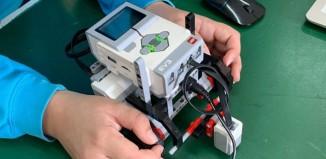 Γυμνάσιο Μυκόνου-Ακαδημία Ρομποτικής.