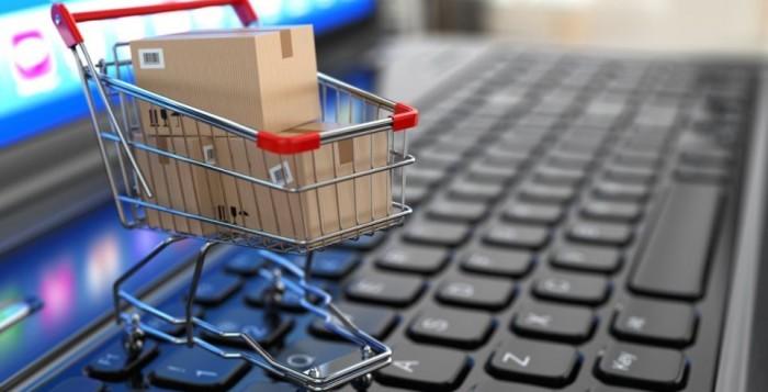 Οnline αγορές: Καθοριστικές οι φωτογραφίες των προϊόντων από πελάτες