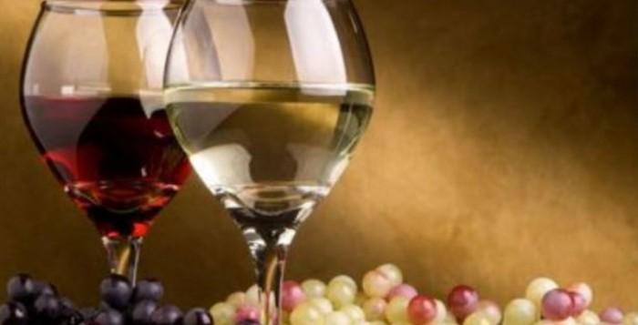 «Χαράτσι» 40 λεπτά στο εμφιαλωμένο αλλά και στο χύμα κρασί