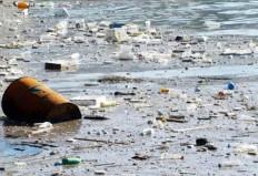 269.000 τόνοι πλαστικών αποβλήτων στις θάλασσες