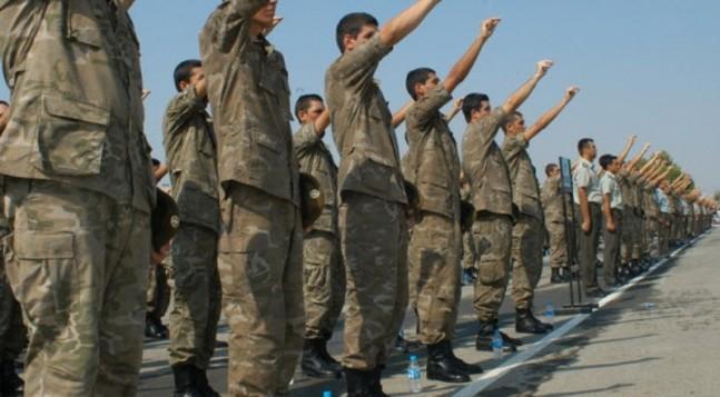 Ολιγοήμερη αναβολή της κατάταξης στο στρατό λόγω δημοψηφίσματος