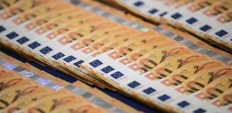 Σε χρόνο ρεκόρ οι επιστροφές φόρου από την ΑΑΔΕ - Έχουν καταβληθεί 40% περισσότερες από πέρυσι