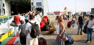 Αυξημένη η κίνηση στο λιμάνι του Πειραιά. Για σήμερα έχουν προγραμματιστεί 23 δρομολόγια