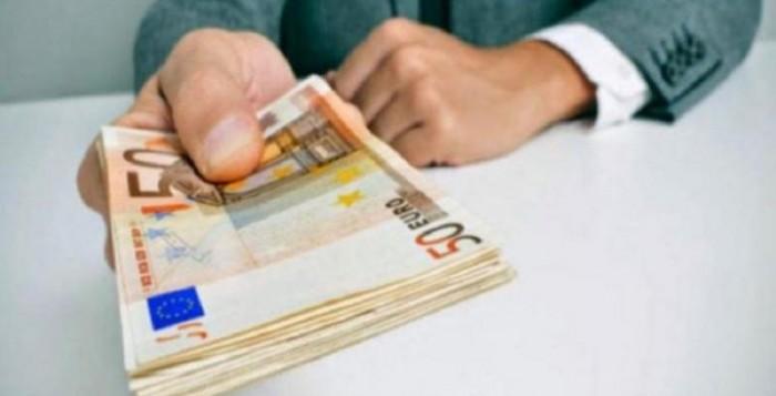 Δάνεια έως 50.000 με εγγύηση 90% από το Δημόσιο: Ποιες επιχειρήσεις θα τα πάρουν