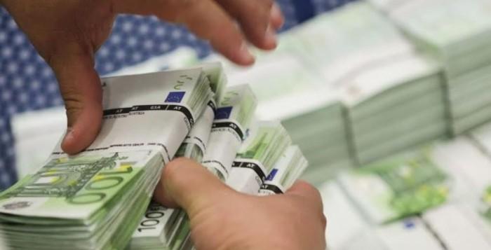 Όλο το χρονοδιάγραμμα για την καταβολή των 800 ευρώ σε υπό αναστολή εργαζόμενους – Ξεκινούν 14 Απριλίου