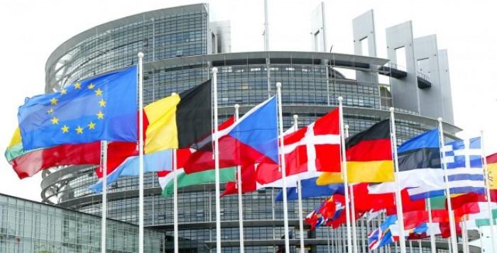 Κρατικές ενισχύσεις: Η Επιτροπή εγκρίνει το ελληνικό καθεστώς ύψους 1,2 δισ. € για την παροχή επιχορηγήσεων σε ΜΜΕ