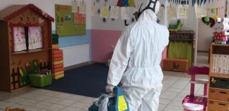 (pics) Συνεχίζονται οι απολυμάνσεις: Σήμερα σειρά είχαν Κέντρο Υγείας, Γρυπάρειο και Παιδικοί Σταθμοί