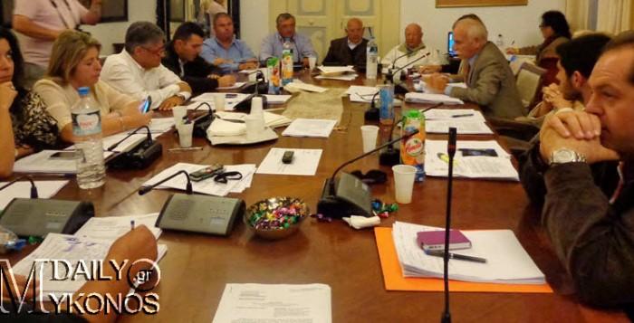 Με μηνύσεις απειλεί το Δημοτικό Συμβούλιο ο κ. Κυριάκος Καλαμαράς