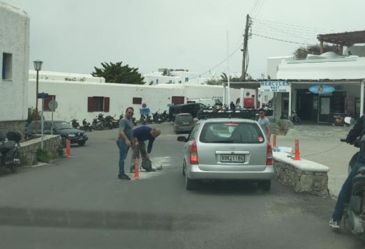 (ΦΩΤΟ) Στη μάχη για την αντιμετώπιση του κυκλοφοριακού ο αντιδήμαρχος Μιχάλης Ζουγανέλης