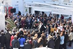 Φωτορεπορτάζ από την σημερινή κατάθεση στεφάνων στο μνημείο της Μαντώς Μαυρογένους