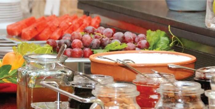 Παρουσίαση του Ελληνικού Πρωινού της Μυκόνου την Κυριακή