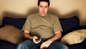 Η πολλή τηλεόραση και η λίγη άσκηση «χτυπούν» στο μυαλό αργότερα