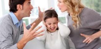 «Μένουμε μαζί για τα παιδιά»: Σωστό ή λάθος;