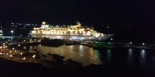 Η πρώτη κρουαζιέρα του 2019 στο λιμάνι της Μυκόνου | Καλή σεζόν σε όλους!