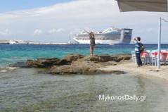 Με νέο ρεκόρ εσόδων στον τουρισμό «κλείνει» το 2018