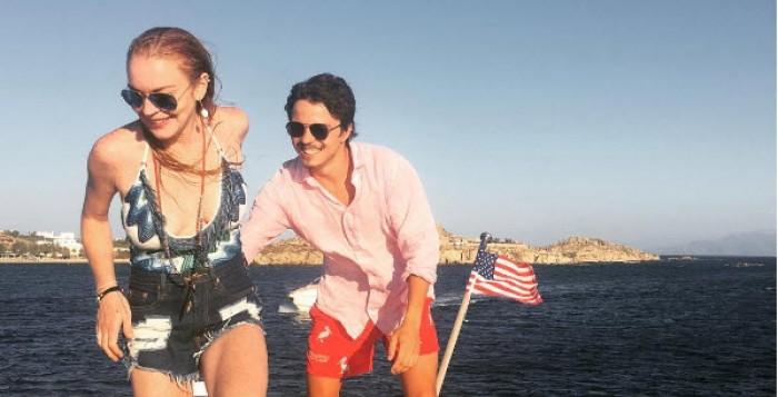 (Φωτό) Διακοπές στη Μύκονο για την Lindsay Lohan