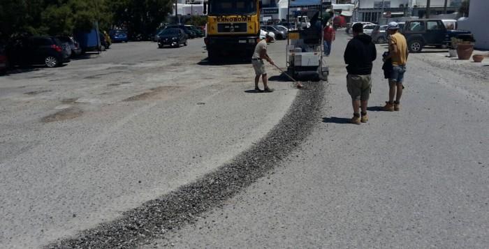 Κλείνει η παραλιακή οδός Χώρας-Τούρλου λόγω ασφαλτόστρωσης