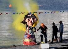 (video) Πρωτοτύπησε η Μύκονος με την Γελοστρίγκλα! Μυκονιάτικο καρναβάλι 2019 - Μοναδικά στιγμιότυπα