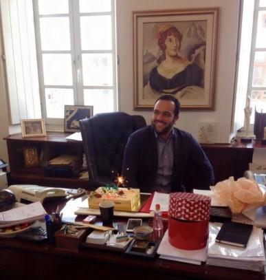 Γενέθλια με τους συμβούλους του θα κάνει σήμερα ο Δήμαρχος!