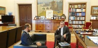 Συνεργασία Περιφερειάρχη με τον Πρόεδρο της RICHeS για την  καταγραφή των κτιρίων του Μεσοπολέμου στα νησιά