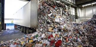 """Η ανακύκλωση στα χέρια της """"μαφίας"""" – Πώς λειτουργεί το κύκλωμα"""