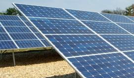 Τα φωτοβολταϊκά τροφοδοτούν τα κλιματιστικά μας τις μέρες του καύσωνα