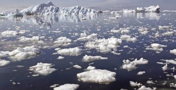 Το λιώσιμο των πάγων αποδυναμώνει τη βαρύτητα της Γης