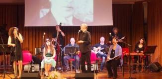 Απ' έξω και τραγουδιστά στο Γρυπάρειο από την Ομάδα Καβάφης
