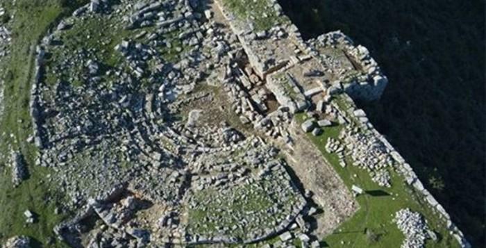 Αποκαλύπτεται το αρχαίο θέατρο της Πλατιάνας