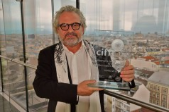 Παγκόσμιο Βραβείο κοινού στην ταινία «Greece, a 365-day destination» σε σκηνοθεσία Αντώνη Κιούκα