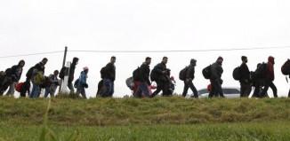 Xωρίς τέλος οι αφίξεις προσφύγων και μεταναστών στα νησιά