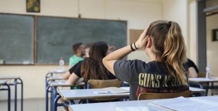 Εκθεση-σοκ: Λειτουργικά αναλφάβητοι οι μισοί μαθητές των Λυκείων