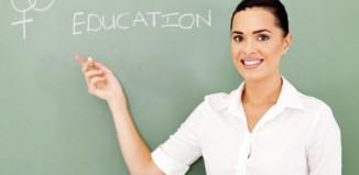Καθηγήτρια Ελληνικής/Ξενόγλωσσης φιλολογίας