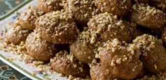 Συνταγή για παραδοσιακά και εύκολα μελομακάρονα