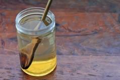 Γιατί να πίνεις νερό με μέλι με άδειο στομάχι