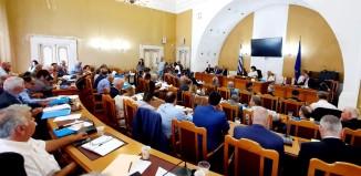 Έγκριση του Περιφερειακού Συμβουλίου στην επένδυση της Μυκόνου, με πρόσθετους όρους