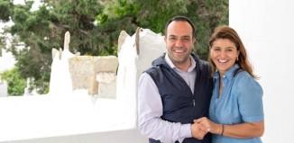 Στο πλευρό του Κωνσταντίνου Κουκά συνεχίζει η Μαρία Κουσαθανά