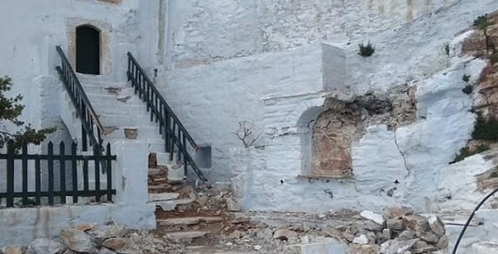 Αμοργός: Μεγάλες καταστροφές στο Μοναστήρι της Παναγιάς της Χοζοβιώτισσας