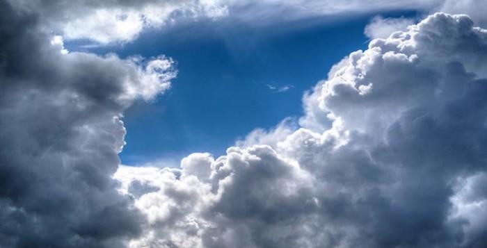 Καιρός: Ηλιοφάνεια και υψηλές για την εποχή θερμοκρασίες - Πού θα σημειωθούν βροχές