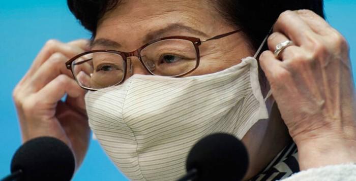Πόσο ασφαλής είναι η μάσκα που φοράς: Τι έδειξε βρετανικό πείραμα – Ποια η καλύτερη και ποια η χειρότερη
